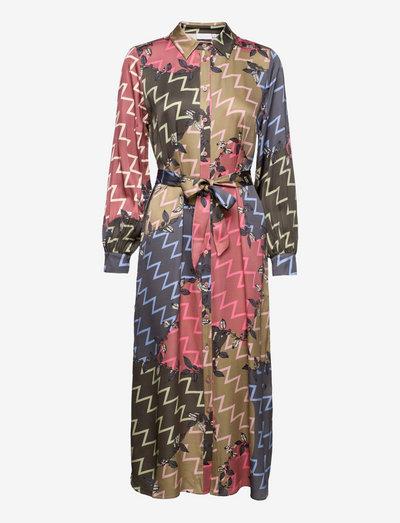 Long dress in zig zag print - robes de jour - zig zag print