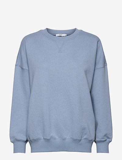 CC Heart oversize sweatshirt - Orga - sweatshirts & hættetrøjer - dusty blue