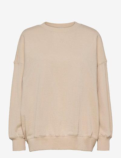 CC Heart oversize sweatshirt - Orga - sweatshirts & hættetrøjer - vanilla