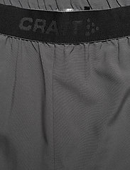 Craft - CORE ESSENCE RELAXED SHORTS M - chaussures de course - granite - 5