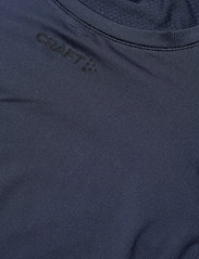 Craft - ADV ESSENCE LS TEE M - langarmshirts - blaze - 2