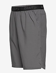 Craft - CORE ESSENCE RELAXED SHORTS M - chaussures de course - granite - 2