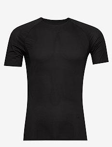 PRO DRY NANOWEIGHT SS M - t-shirts - black