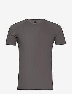 PRO DRY NANOWEIGHT SS M - t-shirts - granite