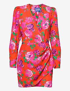 Yrsacras dress - sommerkjoler - flower jam