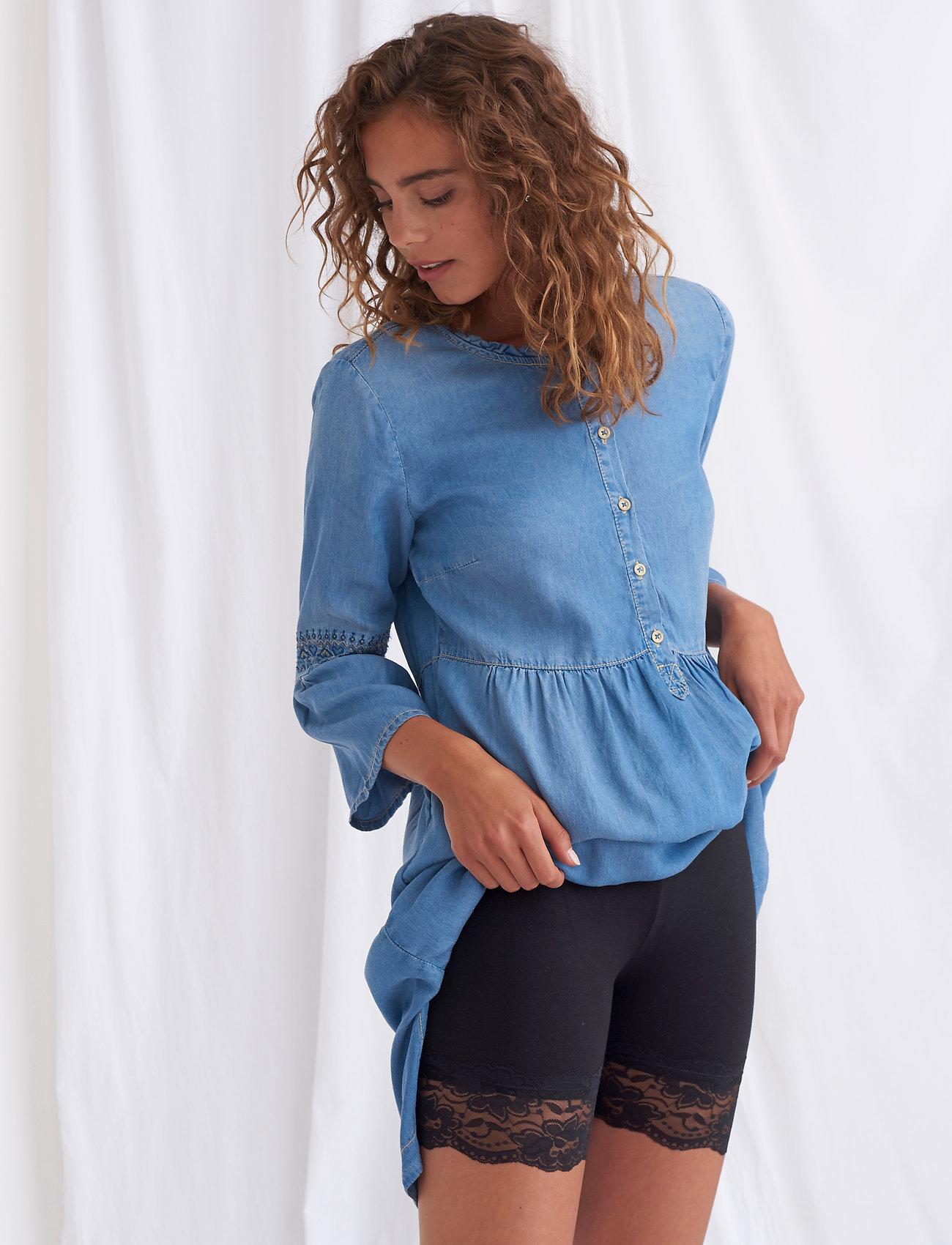 Cream - Matilda Biker Shorts - bottoms - pitch black - 0