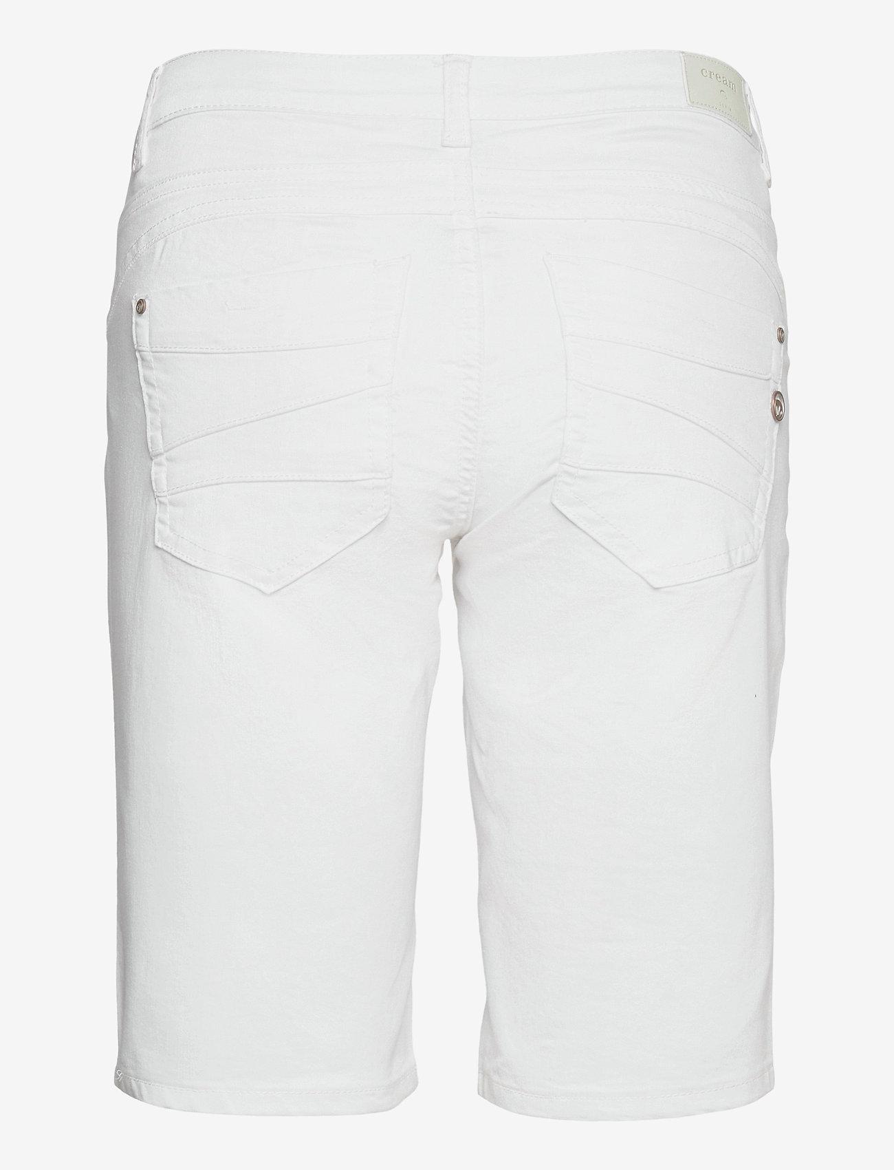 Cream - VavaCR Shorts - Coco Fit - bermudas - snow white - 1