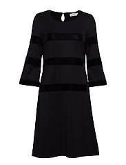 Connie Dress - knee length 3/4sl - PITCH BLACK