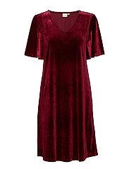 Aleixo Dress - PORTO WINE
