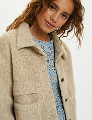 Cream - CRCarla Short Jacket - faux fur - sesame melange - 5