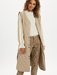 Cream - CRMelika Quilted Waistcoat - puffer vests - silver mink - 0