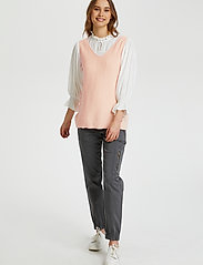 Cream - CRSillar Knit Top - knitted vests - pink sand - 3