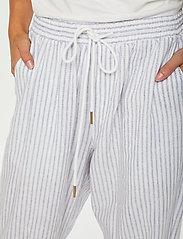 Cream - CRVenta Pant - bukser med brede ben - blue stripe - 5