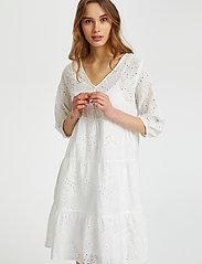 Cream - RistaCR Dress - sommerkjoler - snow white - 0