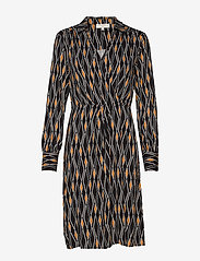 Cream - Karoline Wrap Dress - kietaisumekot - pitch black - 0
