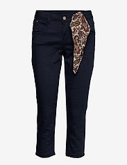 Cream - VavaCR 3/4 Pant coco fit - straight jeans - royal navy blue - 2