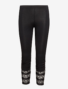 Agnes 3/4 Legging - PITCH BLACK