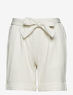 Anett Shorts - bermuda's - chalk