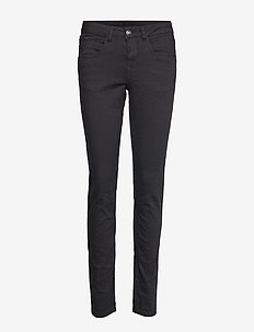 Lotte Twill Jeans - Coco fit - PITCH BLACK