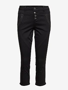 Baiily Cargo Capri- Baiily fit - PITCH BLACK