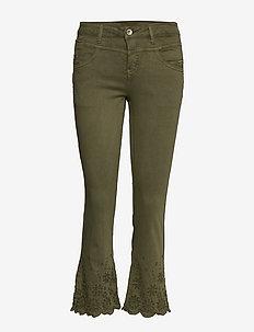BodilCR Jeans - shape fit - dzwony dżinsy - burnt olive