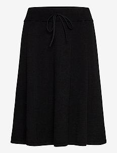 BellaCR Knit Skirt - pitch black