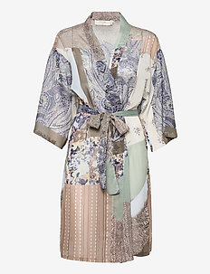 CRDanica Patchwork Kimono - kimonos - desert sage patchwork