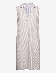 CRVenta Sleeveless Dress - sukienki letnie - straw stripe