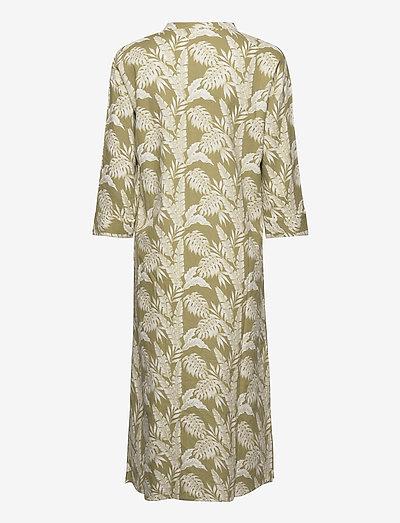 Cream Estacr Long Shirt- Mekot Cedar Green Leaf