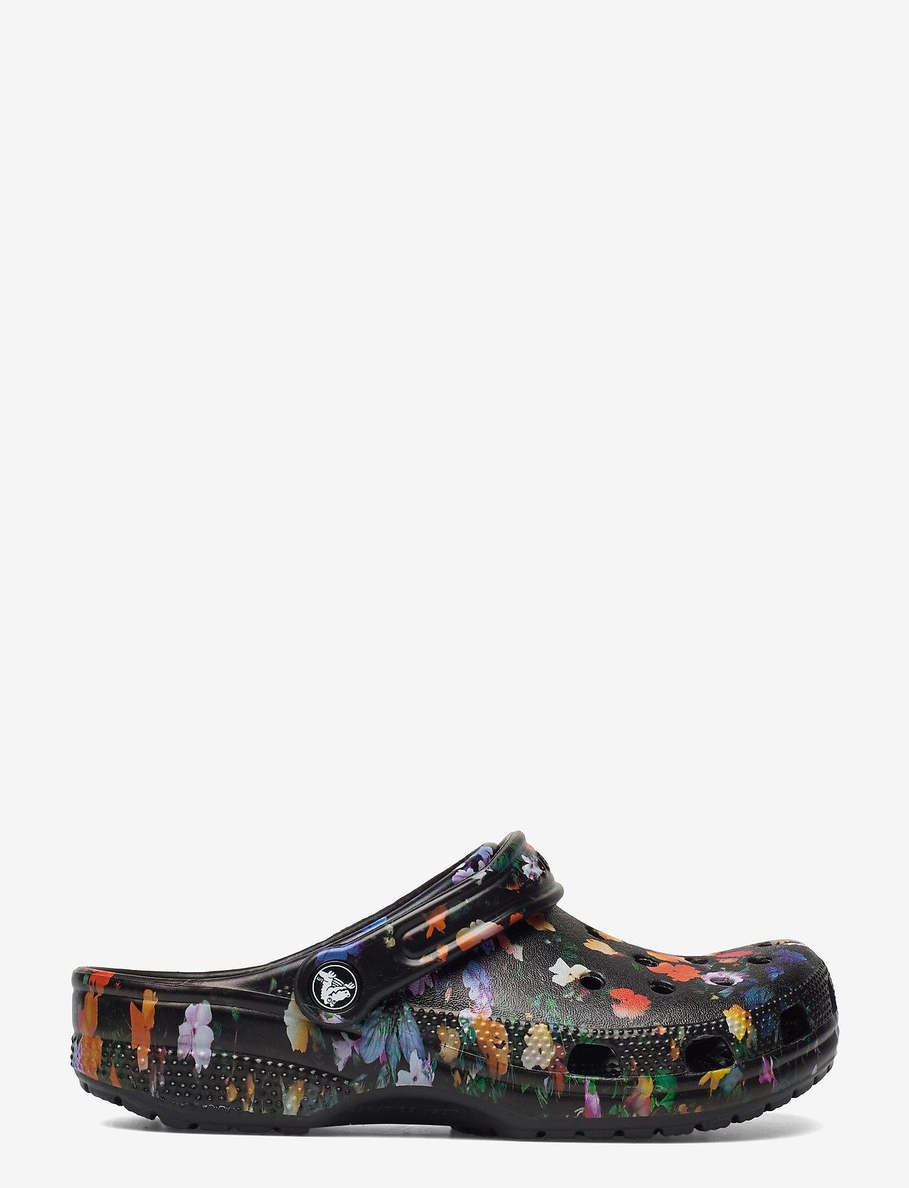 Crocs - Classic Printed Floral Clog - black/multi - 1