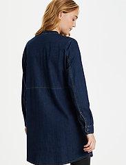Culture - CUpaola Long Shirt - jeansblouses - blue wash - 3