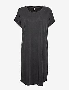Kajsa T-Shirt Dress - do kolan & midi sukienki - black wash
