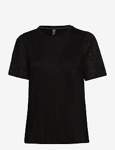 CUnecla T-shirt - t-shirts - black