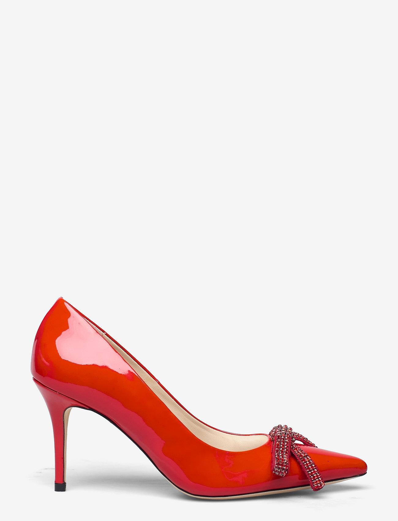Custommade - Aljo Patent Crystal Bow - klassiska pumps - persian red - 1