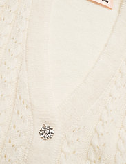 Custommade - Ellah - knitted vests - whisper white - 2