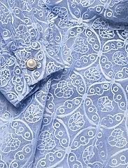 Custommade - Lican BY NBS - cocktailklänningar - powder blue - 3