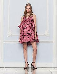 Custommade - Joanna BY NBS - festklänningar - chateau rose - 0