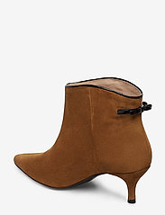 Custommade - Casie Suede - ankle boots with heel - camel - 2