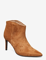 Custommade - Aeja Suede - ankle boots with heel - camel - 0