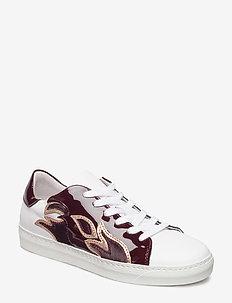 Roberta - low top sneakers - tawny port