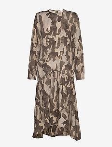 Helina - midi dresses - plantation