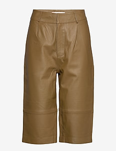 Boline - leather trousers - plantation