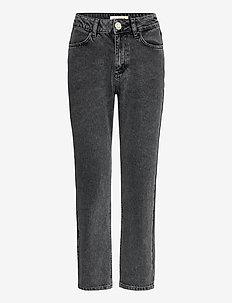 Yuki - straight jeans - silver sconce