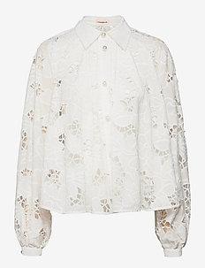 Betsy - långärmade skjortor - whisper white