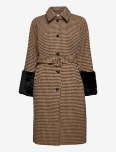 Idalou - manteaux en laine - ermine
