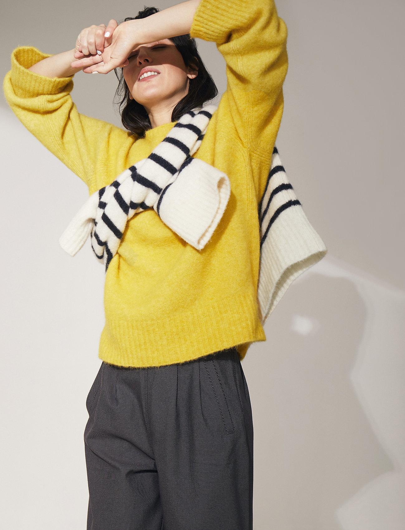 Dagmar - Emily round neck - tröjor - yellow - 0