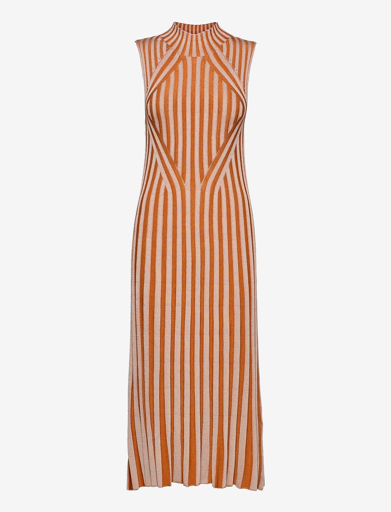 Dagmar - Margherita - bodycon dresses - sand/rust - 0