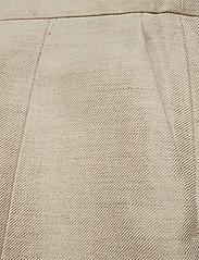 Susie linen