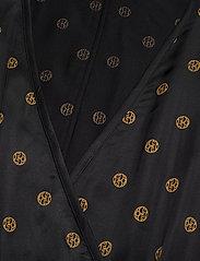 Dagmar - Alanis - kimonoer - black print - 2