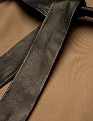 Dagmar - Koto - trenchcoats - sand - 7